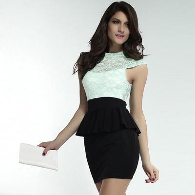 mulher sensual vestindo roupa formal sexting