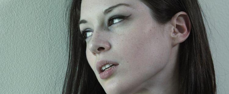 CHOCANTE! Atrizes pornô sem maquiagem (você não acredita)